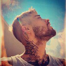 Zayn-Malik-Post-Breakup-Neck-Tattoo