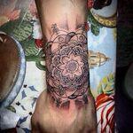 Zayn-malik-henna-tattoo