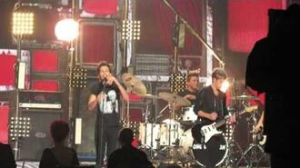 X Factor Live Final - One Direction singing Midnight Memories