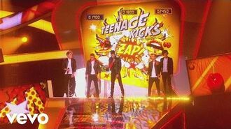 One Direction - One Way or Another (Teenage Kicks) -Live at the BRIT Awards 2013-
