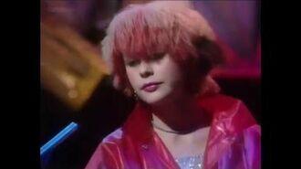 Honey Bane - Turn Me On Turn Me Off (TOTP 1981)