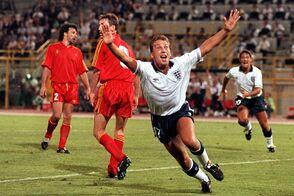 1990-06-26 David Platt scores