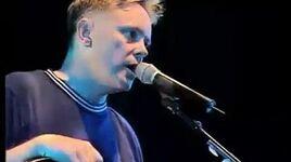 New Order - Live in Concert - Reading Festival 98 - Min