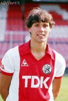 Marco Van Basten young