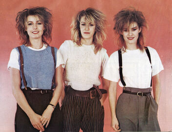 1983-08-04 Smash Hits Bananarama