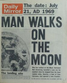 1969-07-21 Daily Mirror 1 cover man on moon