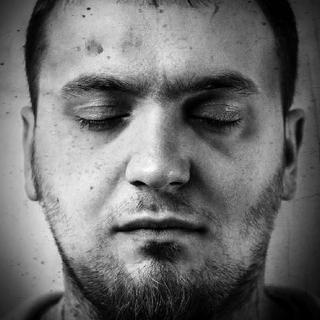 Фотография Марко когда он умирает/погибает