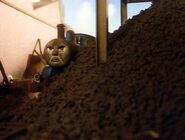 633px-Thomas,PercyandtheCoal10