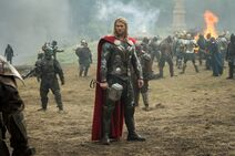 Thor-2-The-Dark-World-Official-Photo-fighting-Marauders