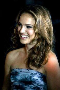 400px-Natalie Portman - TIFF2010 01