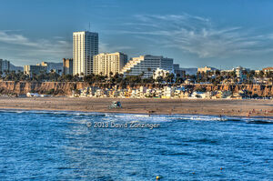 Santa-Monica-beach-CA-Skyline