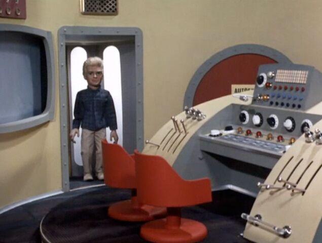 File:Thunderbird 3 Cockpit.jpg