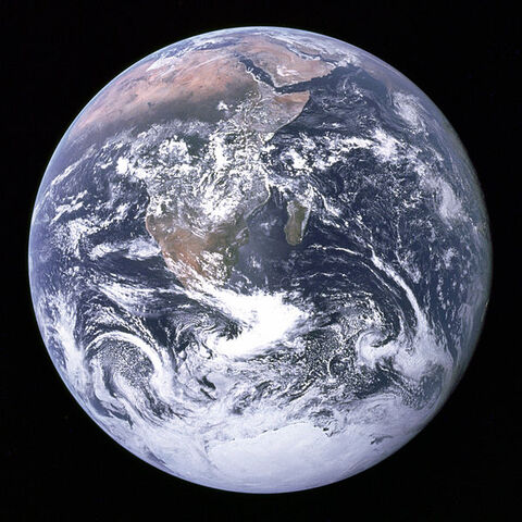 File:599px-The Earth seen from Apollo 17.jpg