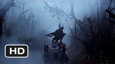 Sleepy Hollow (10 10) Movie CLIP - Carriage Battle (1999) HD