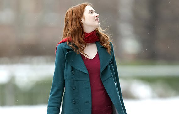 File:Amy pond snow.jpg