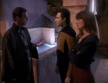 TNG3.02TheEnsignsofCommand