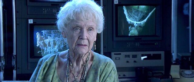 File:Rose (age 100).jpg