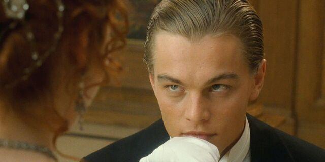 File:Jack kissing Rose's hand.jpg