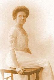 220px-Elsie Bowerman circa 1910