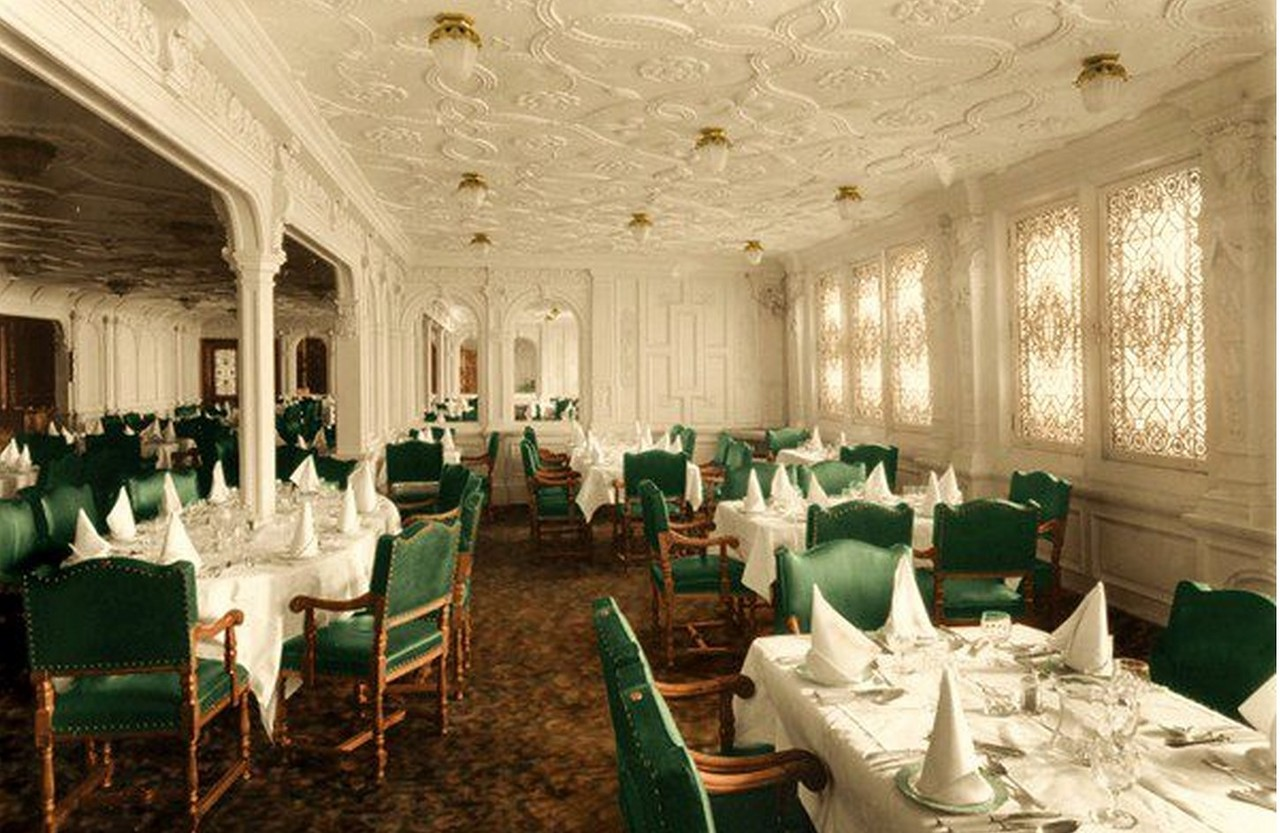 dining-room-titanic-P Titanic Dining Room