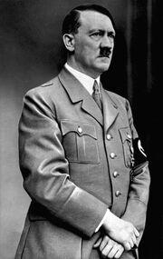 Bundesarchiv Bild 183-S33882, Adolf Hitler retouched