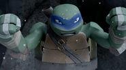 TMNT-2012-Leonardo-0304