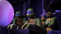 TMNT12 ShowDown1 b
