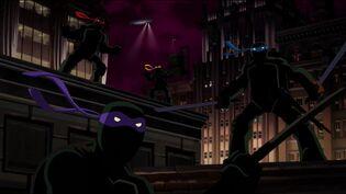 Batman-tmnt-turtles-rooftop