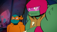 Mikey and raph rise of the tmnt by lullabystars-dc6qfb4