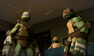 Donnie-Mikey-and-Raph-tmnt-2012-40
