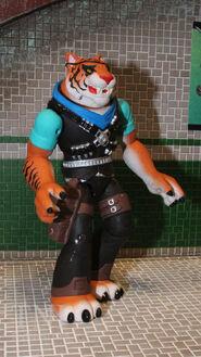 2014 Toy Fair Playmates TMNT16 scaled 600