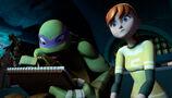 TMNT-2012-Donatello-0222