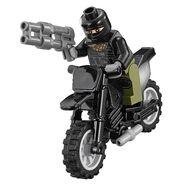 LEGO-Teenage-Mutant-Ninja-Turtles-Turtle-Lair-Invasion-Foot-Soldier (1)