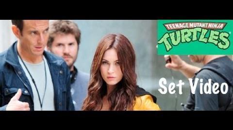 Megan Fox as April & Will Arnett filmen Ninja Turtles in NYC