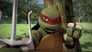 Teenage-Mutant-Ninja-Turtles-Retreat-Raph-Training-