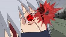Kakashi usa el Kamui en un clavo