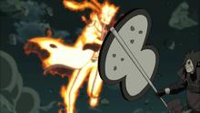 Madara-blocked-narutos-attack