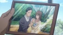 Foto de Touma con sus padres de bebe