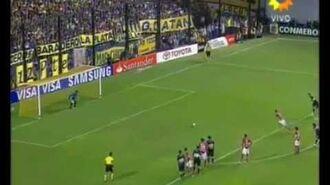 Agustín Orión atajando penales-2
