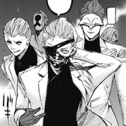Kaneki appears with White Suits during the Clowns' attack