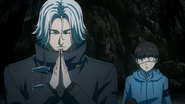 Yomo prays at dead body