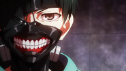 Kaneki putting his mask for the first time