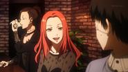 Itori speaking with Kaneki