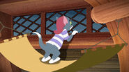 Tom-jerry-shiver-disneyscreencaps.com-1045