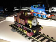 ThomasAndLadyReplicas