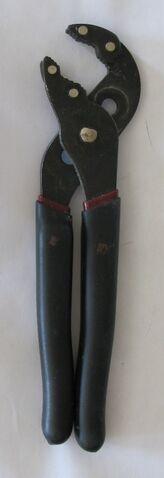 File:Pump Pliers 20120709 JSCC.jpg