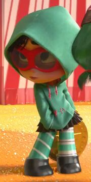 Vanellope Fashion behind Candlehead
