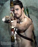 Oliver Queen aiming an arrow on a target background