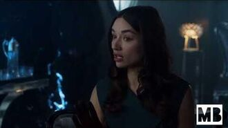 Gotham - Sofia visits Penguin and gets questioned by him
