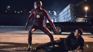 The Flash Season 2 Episode 12 Review & After Show AfterBuzz TV